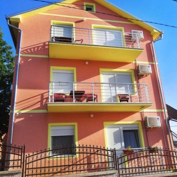 Roza vila Vrdnik